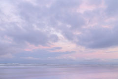 Purpurroter Himmel Stockbilder