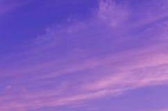 Purpurroter Himmel stockfoto