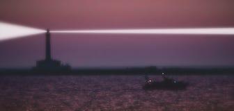 Purpurroter Leuchtturm Stockfoto