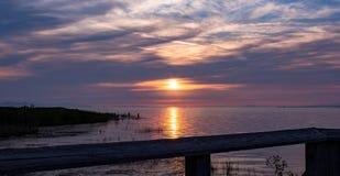 Purpurroter Sonnenuntergang Stockbilder