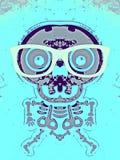 Purpurroter und grauer Schädel und Knochen mit Gläsern Stockfoto