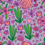 Purpurrotes grünes nahtloses Muster der Blume Stockfotografie