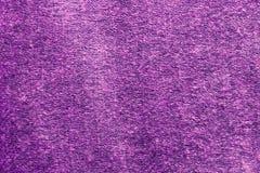 Purpurrotes Wollmaterial, Hintergrund, Beschaffenheit, Nahaufnahme stockfoto