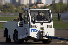 Pushback tractor in the airport Royalty Free Stock Images