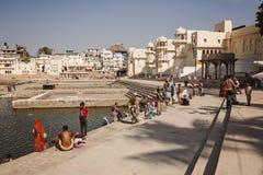 Pushkar圣洁湖在普斯赫卡尔市,拉贾斯坦,印度 免版税库存照片