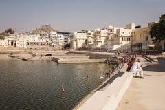 Pushkar圣洁湖在普斯赫卡尔市,拉贾斯坦 免版税库存图片