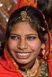 PUSHKAR INDIA, LISTOPAD, - 21: Niezidentyfikowana dziewczyna uczęszcza Pushkar jarmark na Listopadzie 21, 2012 w Pushkar, Rajastha Zdjęcia Stock