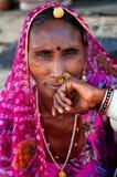 PUSHKAR INDIA, MARZEC, - 03, 2013: Niezdefiniowany kobieta portret Obrazy Stock