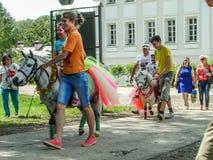 Pushkin festiwal w wiosce Polotnyany Zavod, Kaluga region, Rosja 6 2016 Czerwiec Zdjęcia Royalty Free