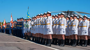 Pushkin, Russie - 5 juin 2017 : Un défilé solennel consacré au soixante-quinzième anniversaire de la 6ème armée Photos libres de droits