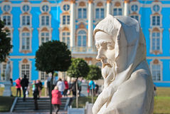 pushkin selo tsarskoye Άγιος-Πετρούπολη Ρωσία Το γλυπτό πάρκων της Catherine Στοκ Εικόνες