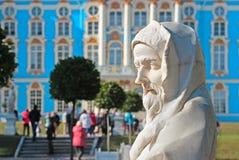 pushkin selo tsarskoye 圣彼德堡 俄国 凯瑟琳公园雕塑 库存照片