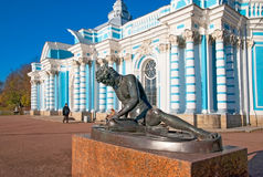 pushkin selo tsarskoye 圣彼德堡 俄国 死的高卢雕塑 免版税图库摄影
