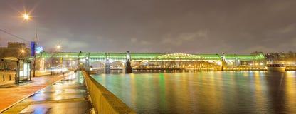 Pushkinsky桥梁在莫斯科,俄罗斯 免版税图库摄影