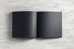 Pusta czarna broszura zdjęcia royalty free