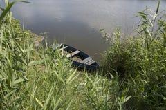 Pusta drewniana łódź Zdjęcia Royalty Free
