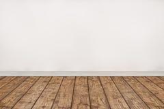 Pusta drewniana podłoga i bielu ścienny pokój Obrazy Stock