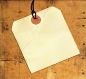 pusta etykietka wietrzejący drewno Obrazy Stock
