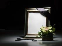 Pusta opłakuje rama dla współczucie karty zdjęcia royalty free