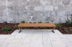 Pusta Parkowa ławka Zdjęcie Royalty Free
