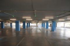 Pusta podłoga multistory parking Obrazy Royalty Free