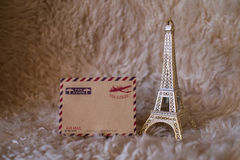 Pusta rocznik karta z posążkiem wieża eifla Obrazy Royalty Free