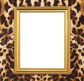 Pusta złota rama z lampart teksturą zdjęcie stock