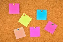 puste deski korka notatki Zdjęcia Stock