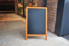 Puste miejsce menu deskowy egzamin próbny, stojak przy wejściem restauracja Zdjęcie Royalty Free