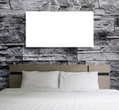 Puste miejsce rama na kamiennej ścianie w sypialni Obrazy Stock