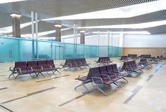 Puste siedzenia siedzą w lotnisku fotografia stock