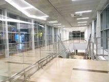 Puste siedzenia siedzą w lotnisku obraz royalty free