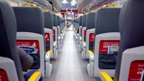 Puste siedzenia Soekarno-Hatta lotniska pociąg zdjęcie wideo
