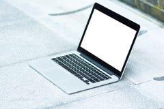 Pustego miejsca i bielu ekran laptop Fotografia Royalty Free