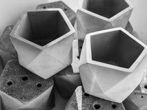 Pustego pentagonu geometryczni plantatorzy dla małej rośliny zdjęcia stock