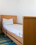 Pusty łóżko szpitalne obrazy royalty free