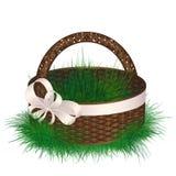 Pusty łozinowego kosza dekorujący faborek z łękiem Obraz Royalty Free