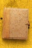 Pusty album fotograficzny z drewnianą pokrywą Zdjęcie Stock