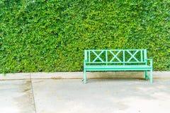 pusty ławka park Zdjęcie Royalty Free