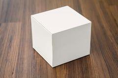 Pusty białego pudełka egzamin próbny up fotografia stock