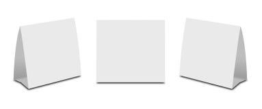 Pusty bielu stołu namiot na bielu Papierowe vertical karty odizolowywać Fotografia Stock