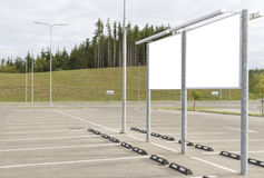 Pusty billboard i plenerowa reklama pusty terenu parking Egzamin próbny Up Fotografia Royalty Free