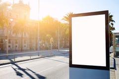 Pusty billboard z kopii przestrzenią dla twój zawartości lub wiadomości tekstowej, outdoors reklamuje egzamin próbnego up, obrazy stock