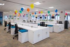 Pusty biuro Wypełniający z balonami Zdjęcie Stock