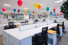 Pusty biuro Wypełniający z balonami Zdjęcia Stock