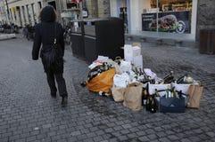PUSTY butelka odpady Zdjęcia Stock