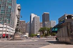 Pusty Carioca kwadrat w w centrum Rio De Janeiro na pięknym pogodnym letnim dniu Fotografia Royalty Free