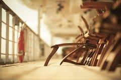 Pusty Deckchairs na statku wycieczkowym Zdjęcia Royalty Free