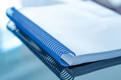 Pusty dokument na biurku Zdjęcie Stock