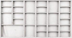 Pusty drewniany biel malował ziarna lub listy lub collectibles boksują zdjęcie stock